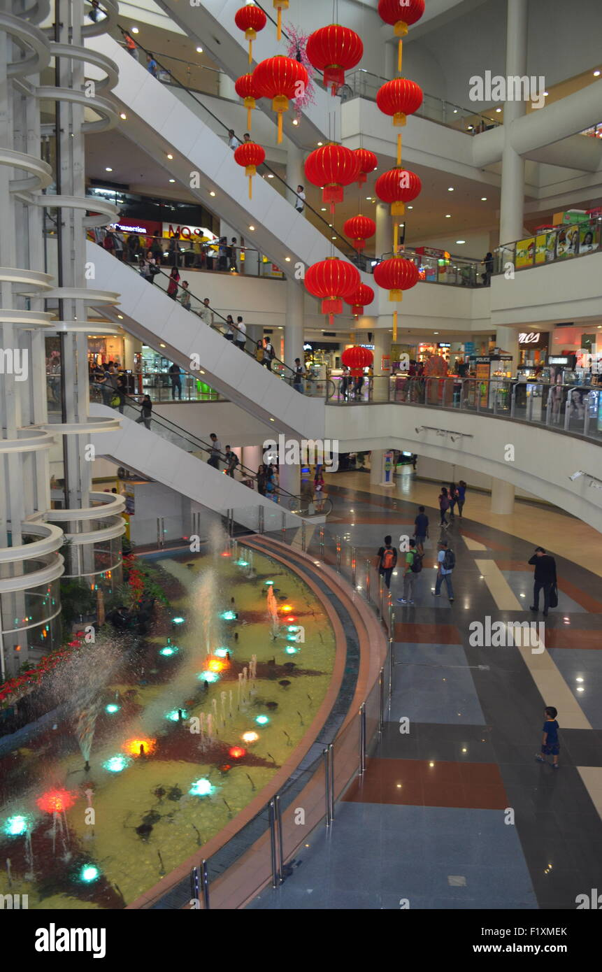 The inside of a filipino super mart. These stores which are gradua;;y taking over from the street markets are greatly - Stock Image
