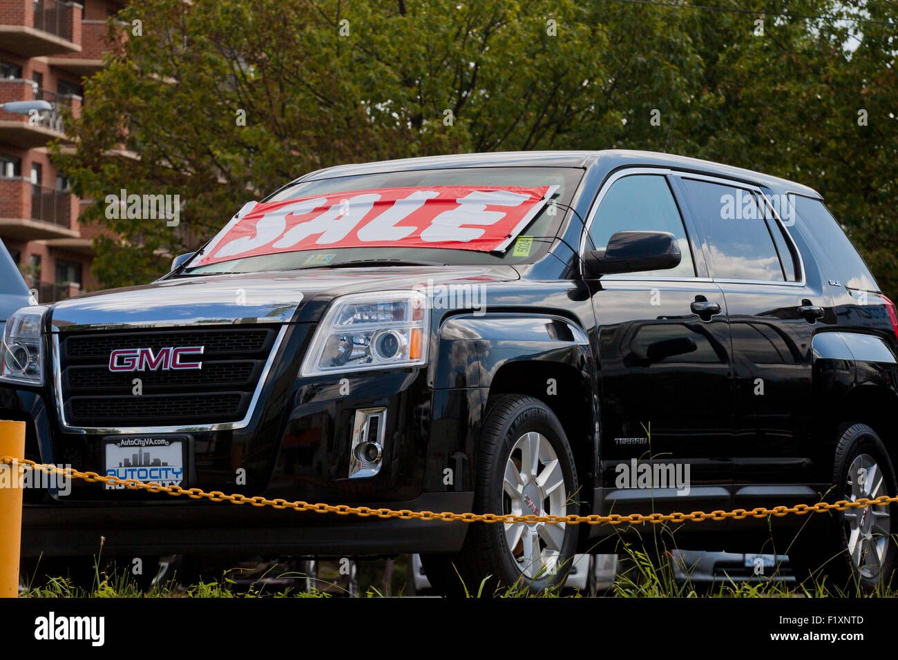inventory auto used yukon cars sale suv gmc loftus city taunton for
