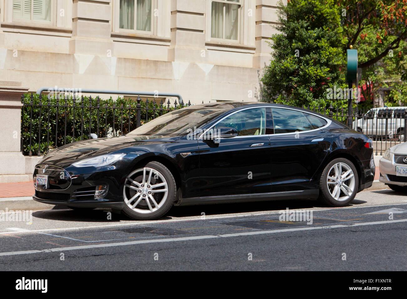 Tesla Model S electric car - USA - Stock Image