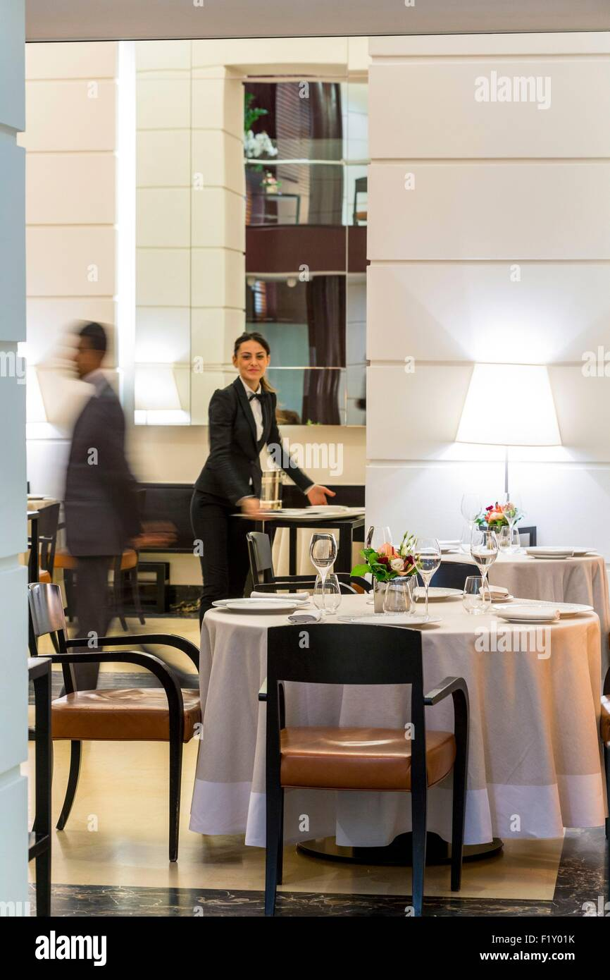 Italy, Lombardy, Milan, gourmet restaurant run by the chef Cracco Carlo Cracco - Stock Image