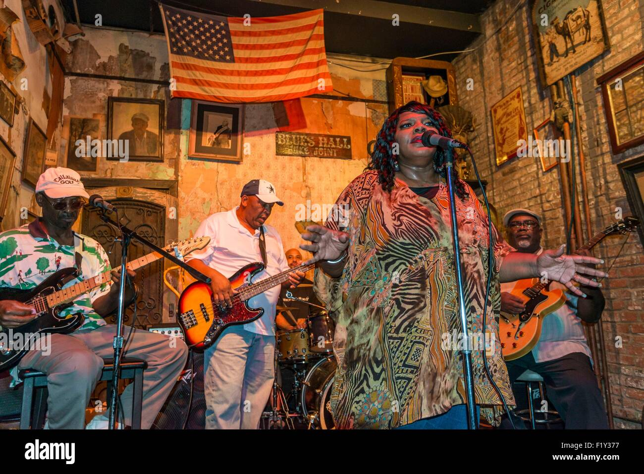 United States, Tennessee, Memphis, Blues singer Queen Ann Hines on stage at Mr Handy's Blues Hall on Beale Street - Stock Image
