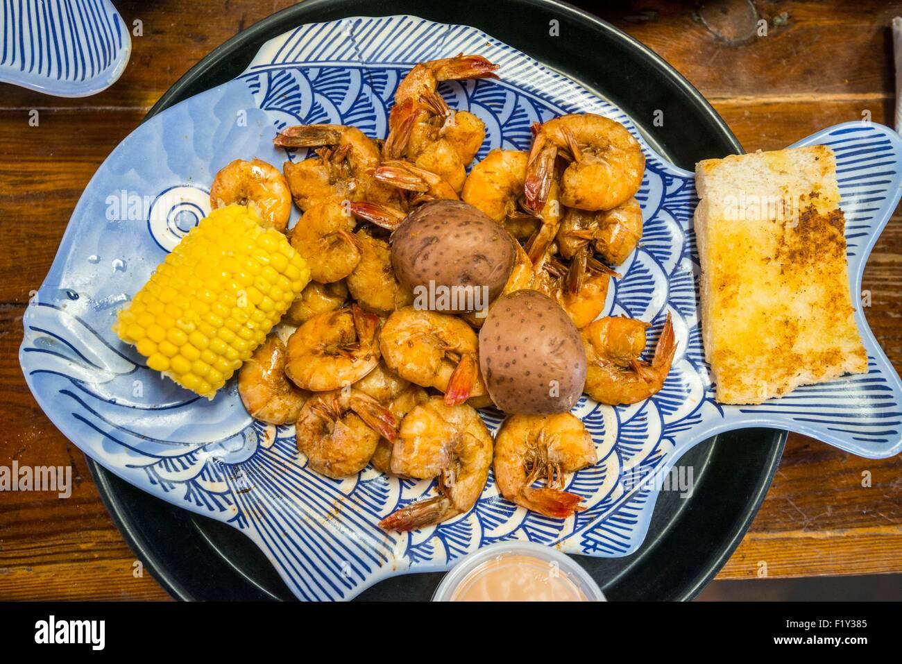 United States, Louisiana, Breaux Bridge, Crazy Bout Crawfish restaurant specializes in crayfish, crabs and shrimp - Stock Image