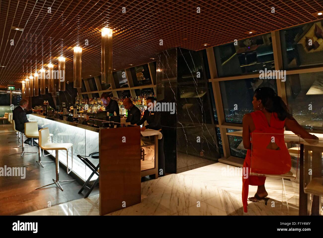 United Arab Emirates, Abu Dhabi, Etihad Towers, Jumeirah Hotel, Ray's Bar located at the 62th floor - Stock Image