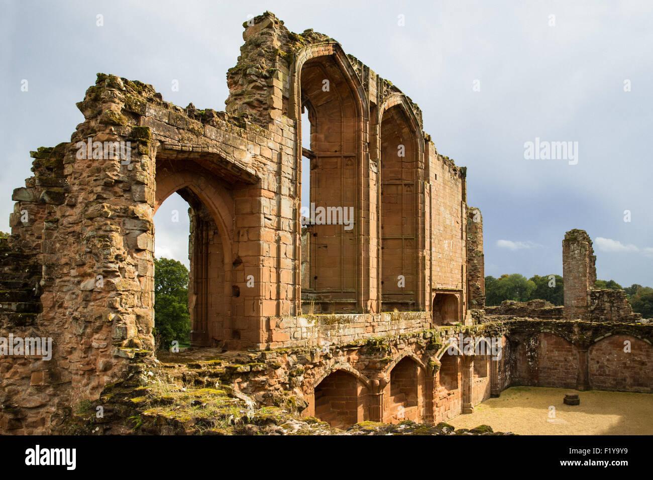 Ruin of Kenilworth Castle in Great Britain - Stock Image
