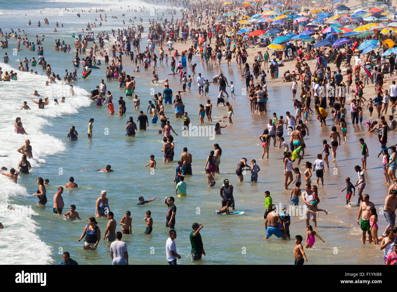 View from the Santa Monica Pier, a crowded, hot Labor Day - Monday September 7, 2015 - Santa Monica, Los Angeles - Stock Image