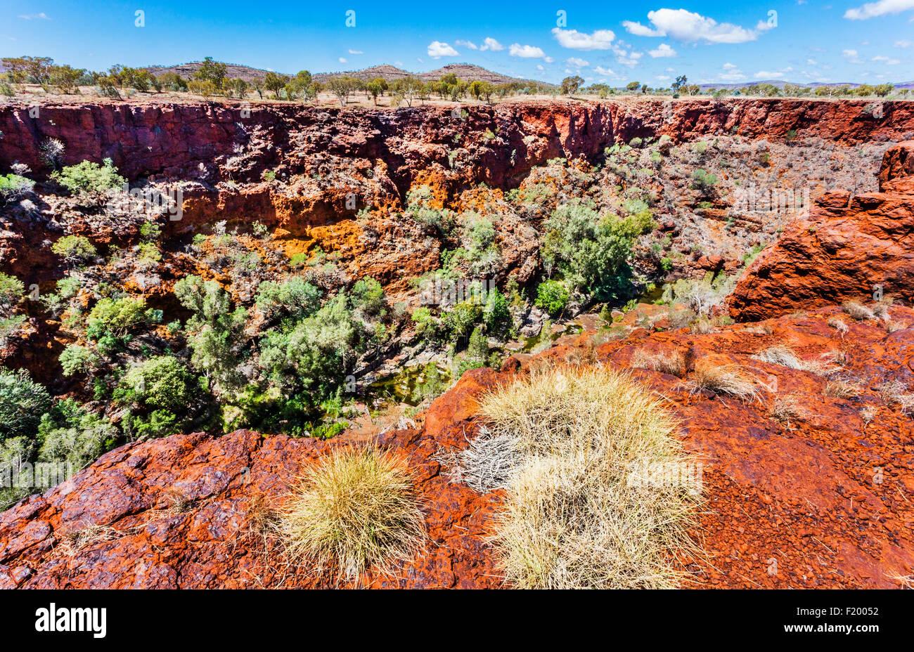 Australia, Western Australia, Pilbara, Hamersley Range, Karijini National Park, view from the rim of Dales Gorge - Stock Image