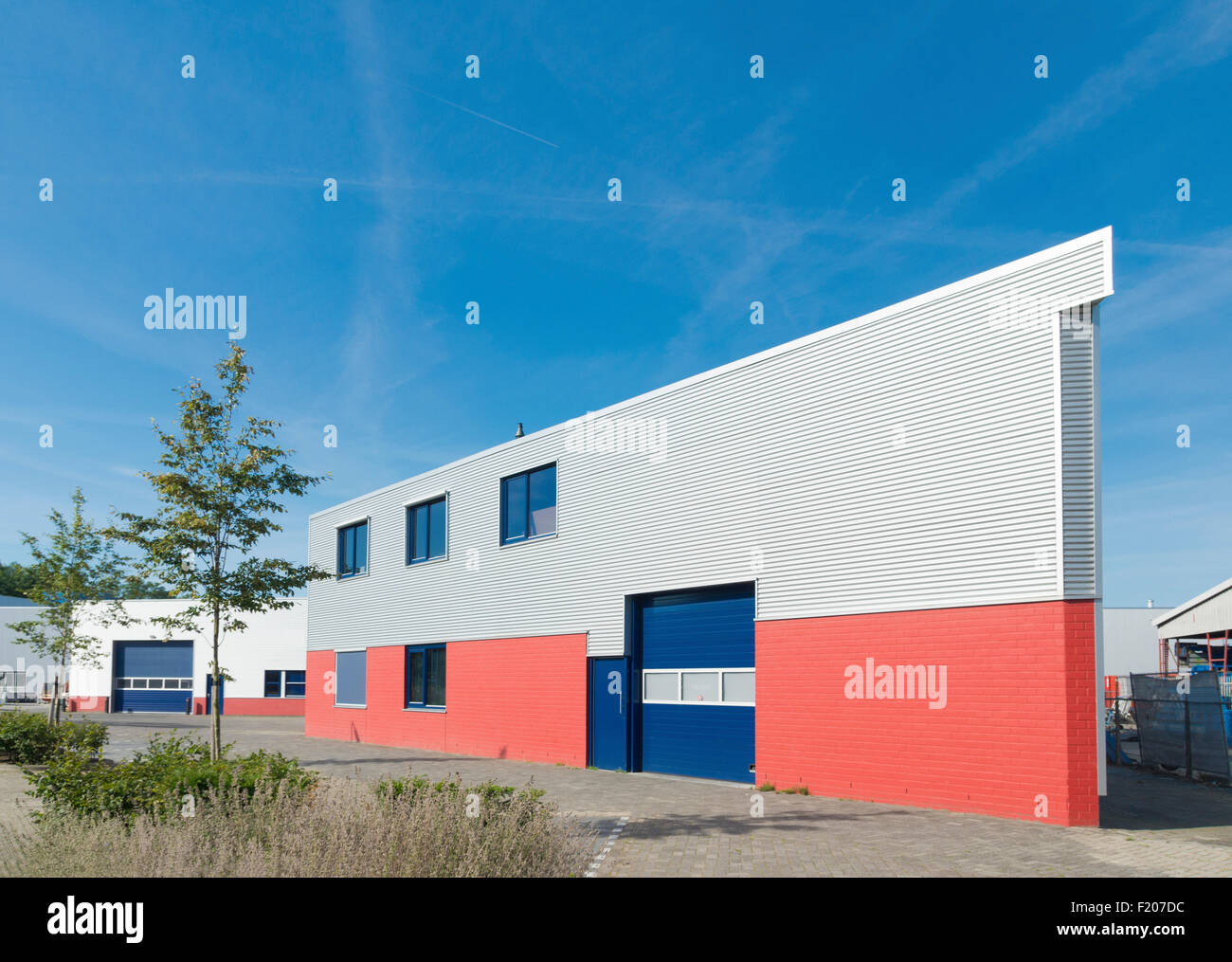 Exterior office 3d Power Exterior Of Modern Warehouse Building With Office Alamy Exterior Of Modern Warehouse Building With Office Stock Photo
