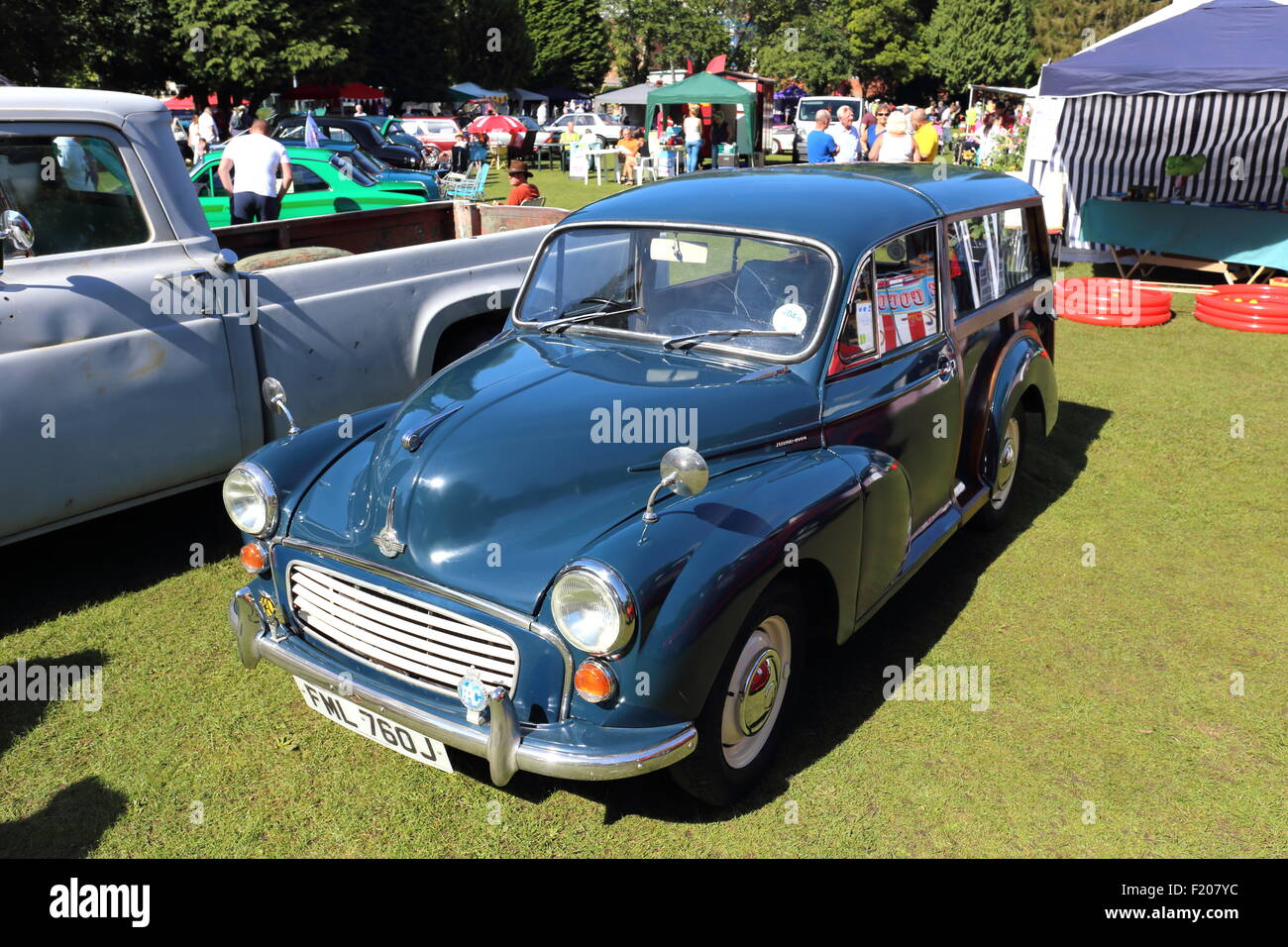 Morris Minor 1000 Traveller Estate at the Pontypridd Car Show in Ynysangharad War Memorial Park, August 2015 - Stock Image