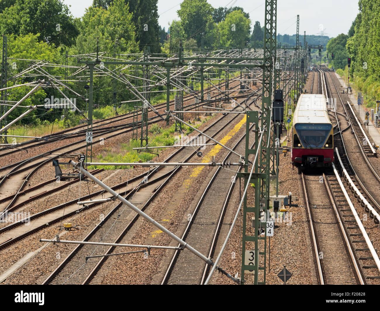 S-Bahn auf Gleisanlage in Berlin - Stock Image