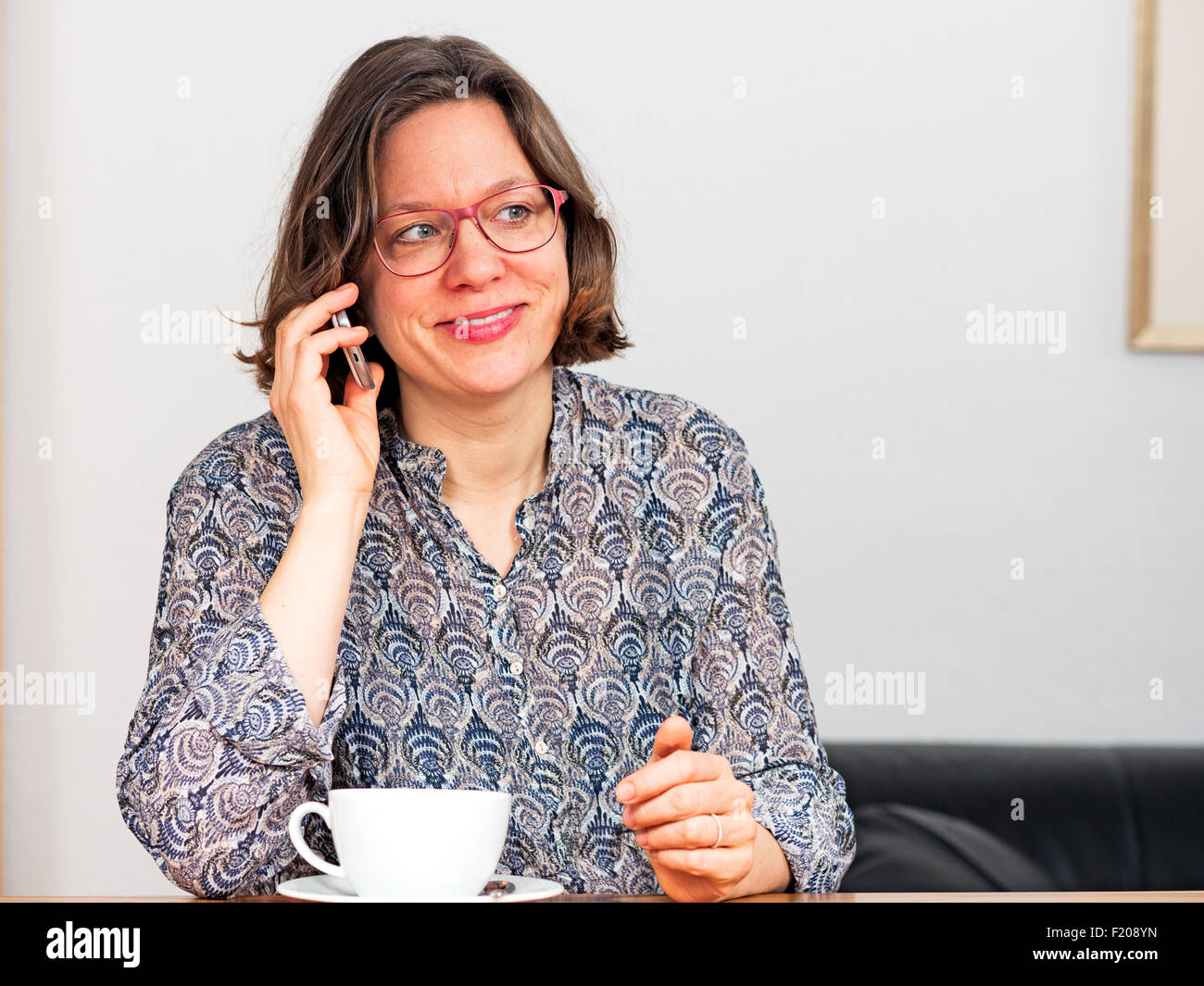 Frau telefoniert Stock Photo