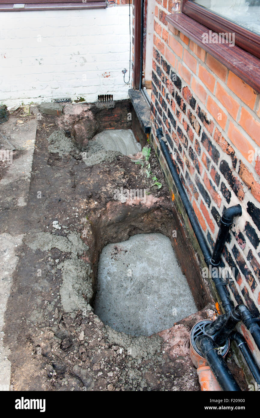 Underpinning Foundations Of A Victorian Property With Concrete Part - Under-pinning-foundations