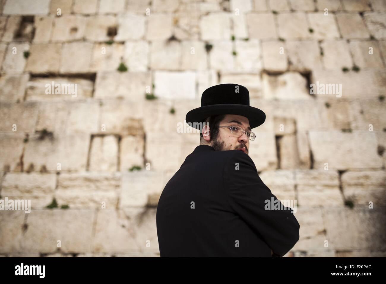 Israel, Jerusalem, Orthodox jew praying at the Wailing Wall - Stock Image
