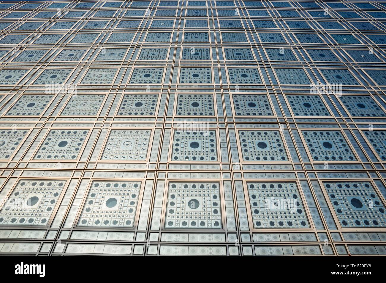 France, Paris, the Arab World Institute designed by architects Jean Nouvel and Architecture-Studio 1, detail of - Stock Image