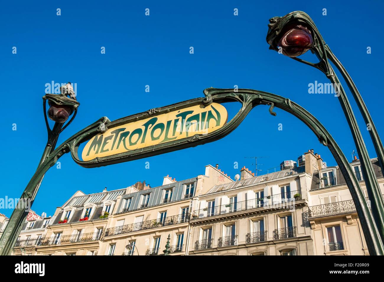Place Clichy Stock Photos & Place Clichy Stock Images - Alamy