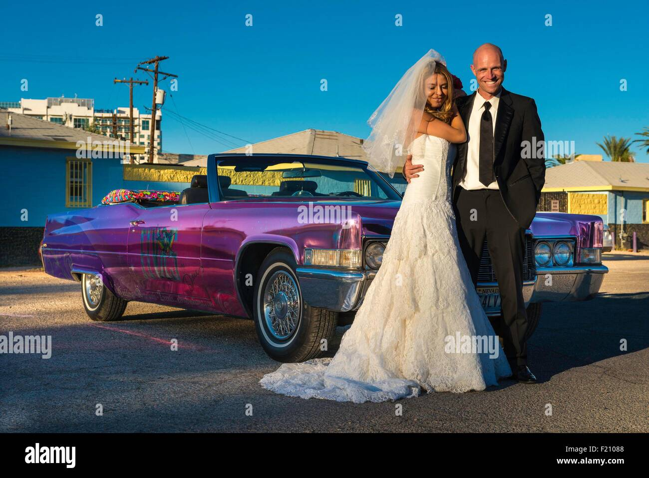 United States, Nevada, the Strip, newly wed in a Limousine - Stock Image