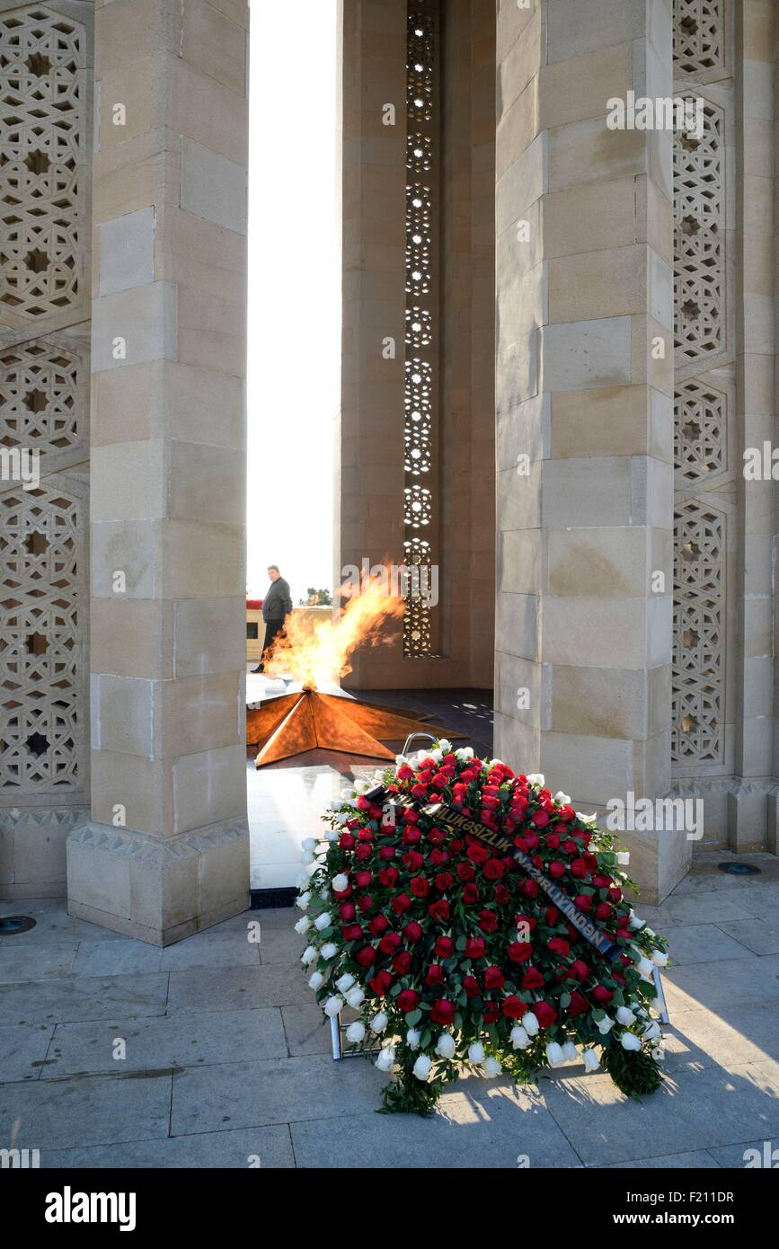 Azerbaijan, Baku, Martyrs' Lane (Alley of Martyrs), Eternal Flame memorial dedicated to those killed by the soviet Stock Photo