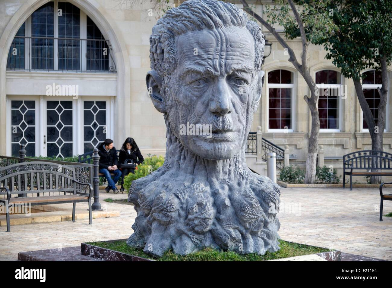 Azerbaijan, Baku, the Old City (Old Town, Ichari Shahar) listed as World Heritage by UNESCO, sculpture in a park - Stock Image