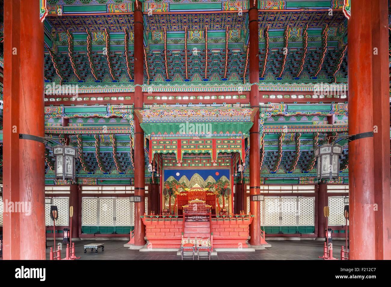 South Korea, Seoul, Jongno-gu, Gyeongbokgung Palace, royal palaces built during the Joseon Dynasty, throne room - Stock Image