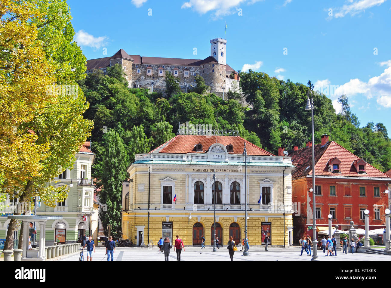 Ljubljana, Slovenia - September 7, 2015 - Congress square and Ljubljana's castle on a bright sunny day - Stock Image