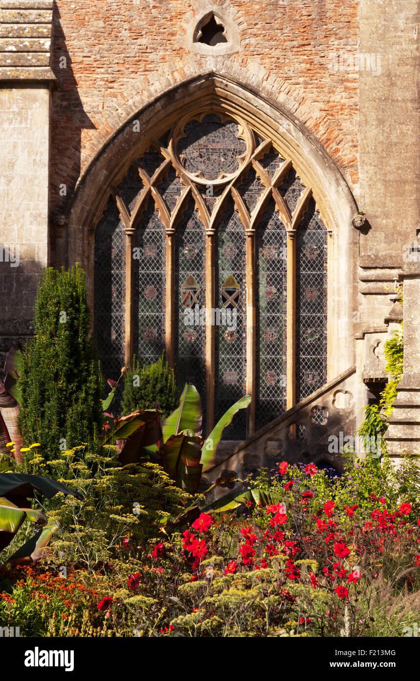 Medieval Garden Stock Photos & Medieval Garden Stock Images - Alamy