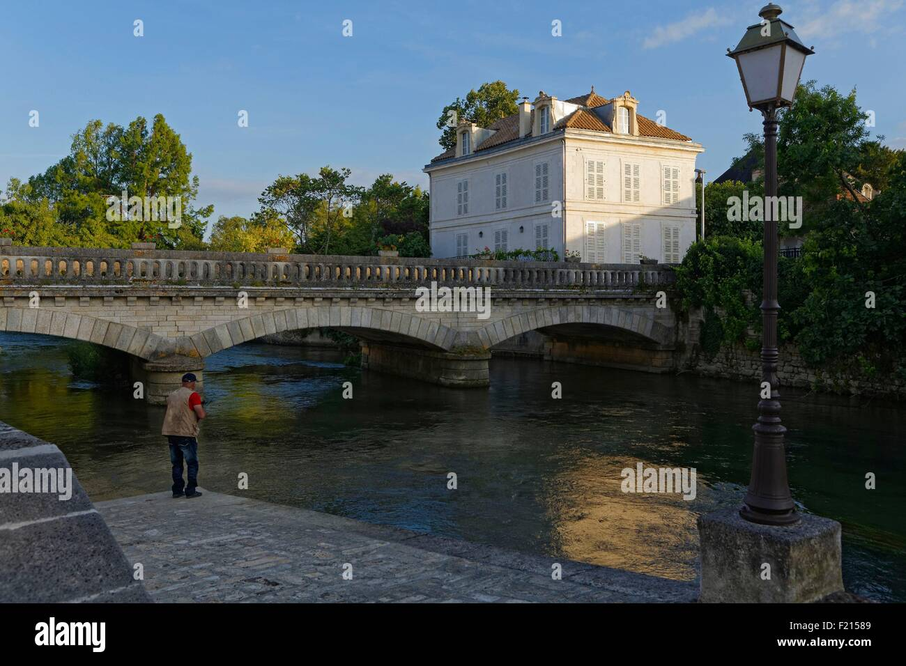 France, Charente, Montignac, fisherman on the Charente river - Stock Image