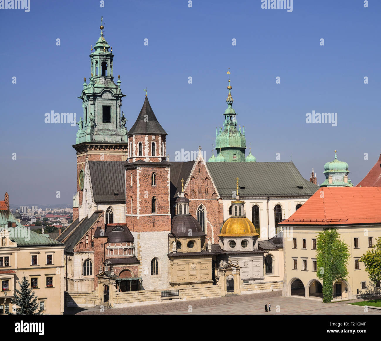 Poland Krakow Wawel Hill Wawel Cathedral also known as the Basilica of Saints Stanislaus and Wenceslaus as seen - Stock Image