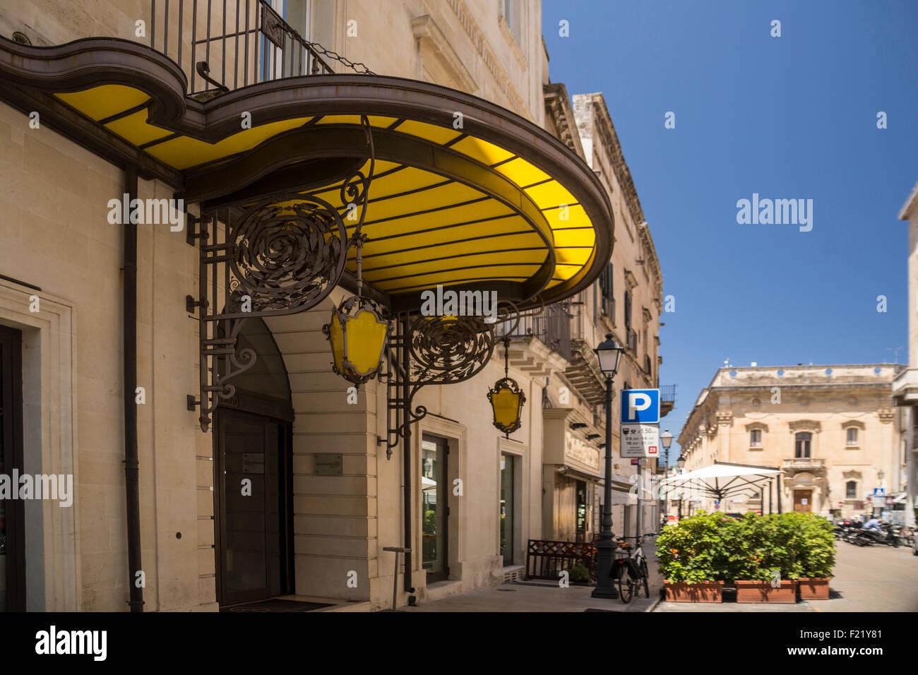 Glass Canopy Entrance Stock Photos Amp Glass Canopy Entrance
