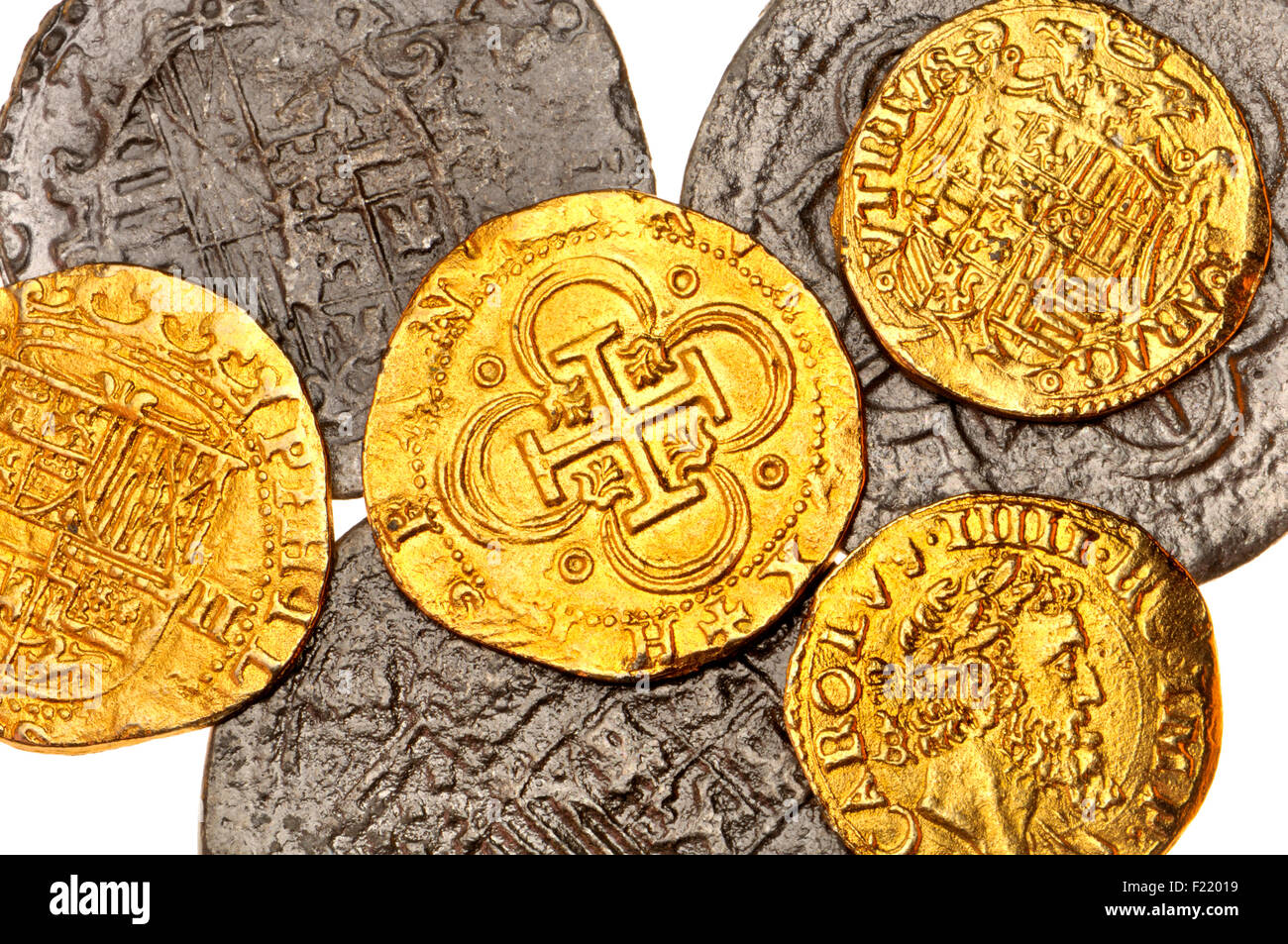 Coins Of The Spanish Armada Replicas 8 Reales Phillip II Largest Behind 2 Escudos Centre And Left 1 Escudo