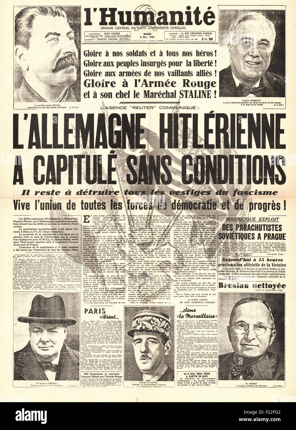 1945 L'Humanite (France) front page reporting VE Day - Stock Image