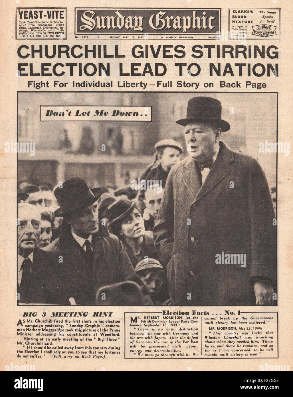 1945 Sunday Graphic front page reporting Winston Churchill Begins Election Campaign - Stock Image