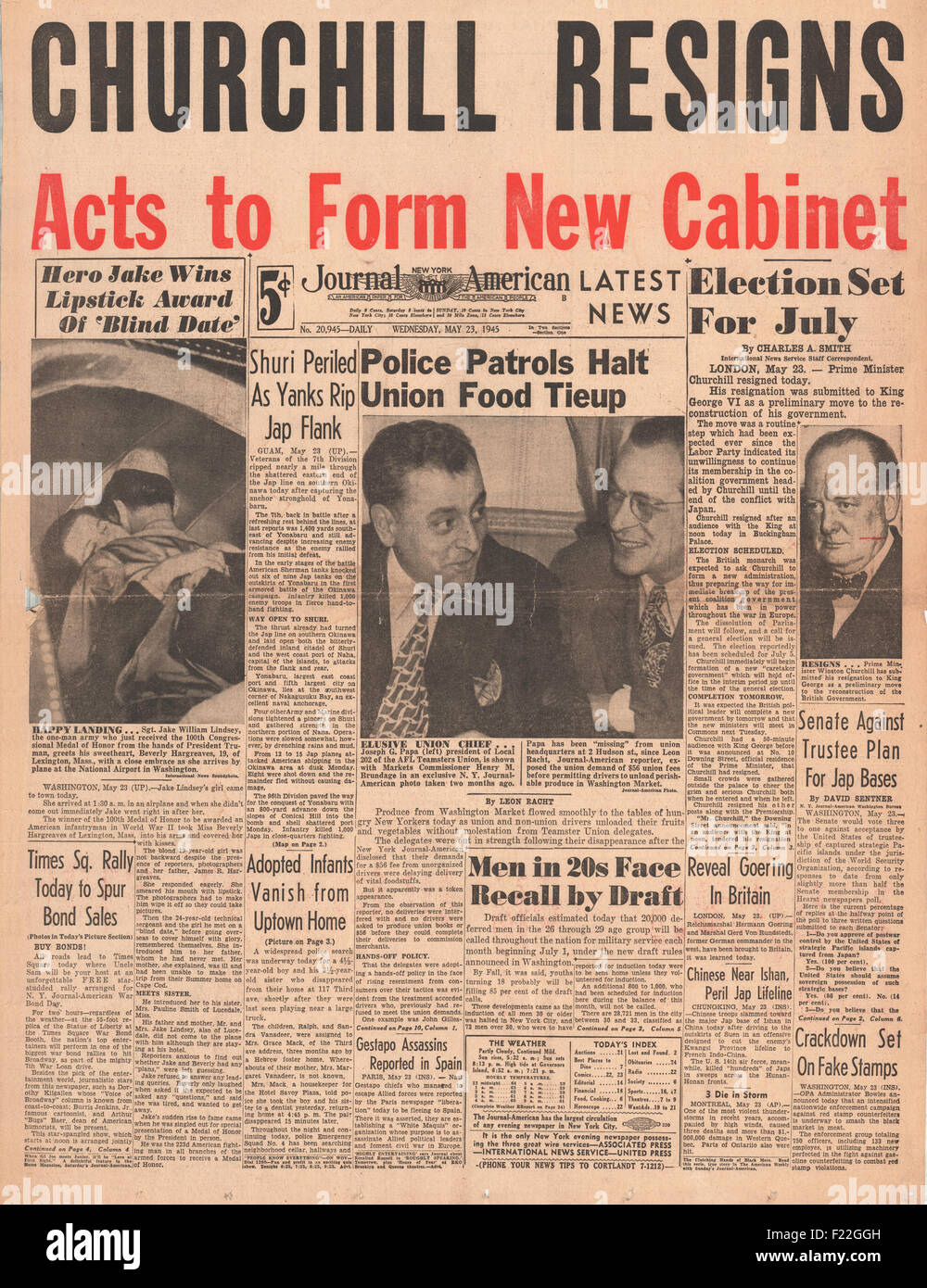 1945 New York Journal American front page reporting Churchill and British Government Resign - Stock Image