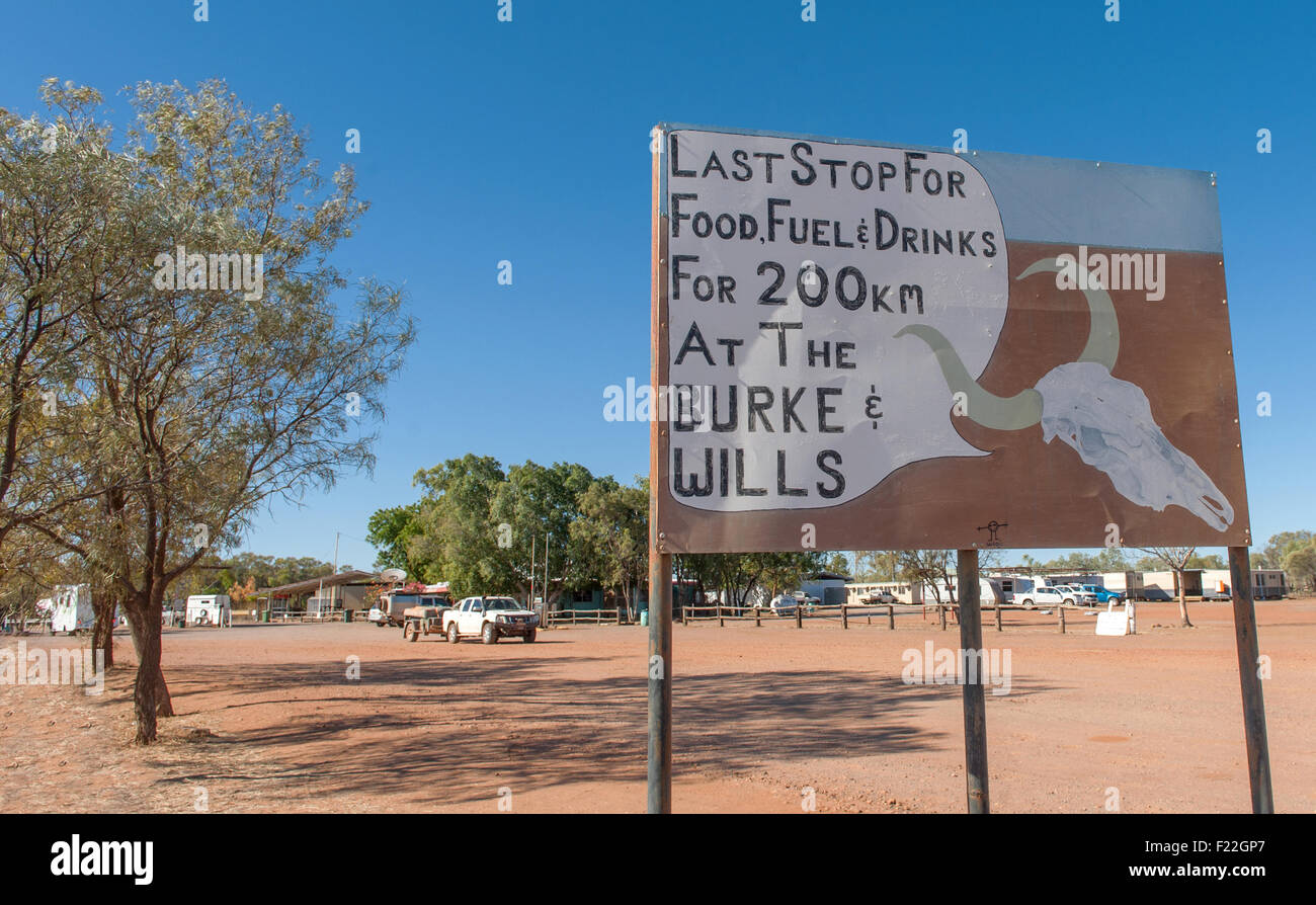 Sign at the Burke Development Road information of scarcity of fuel and service, Northern Queensland, Australia Stock Photo