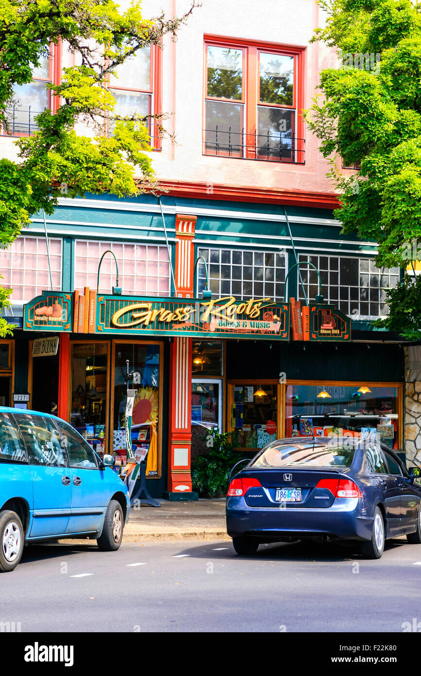 Grass Roots Restaurant on SW 2nd Street in downtown Corvallis, Oregon Stock Photo