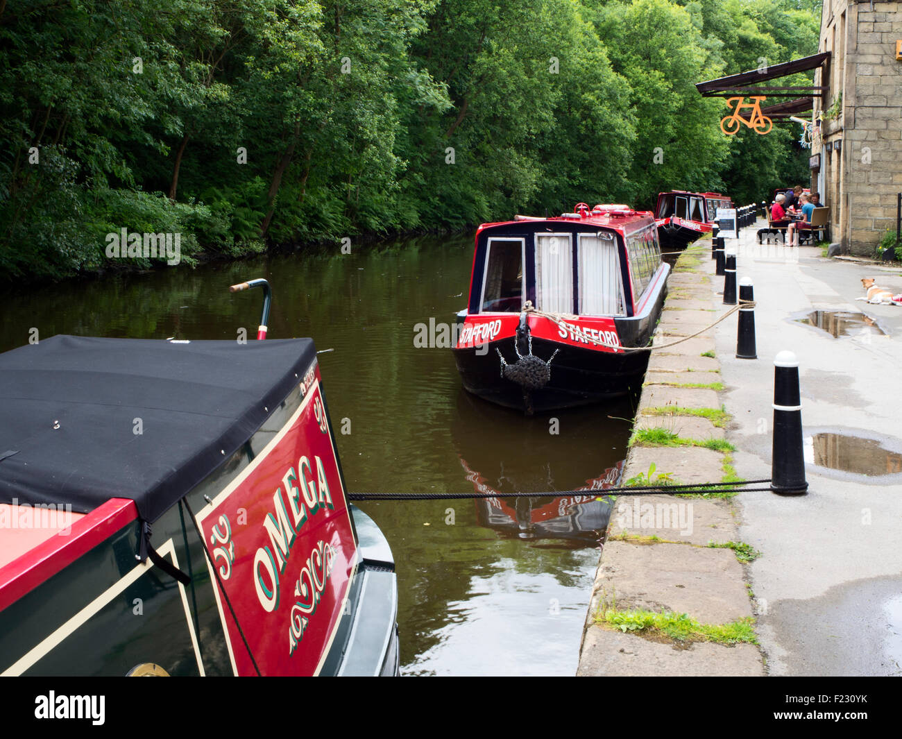 Narrowboats on The Rochdale Canal at Hebble End Hebden Bridge West Yorkshire England - Stock Image