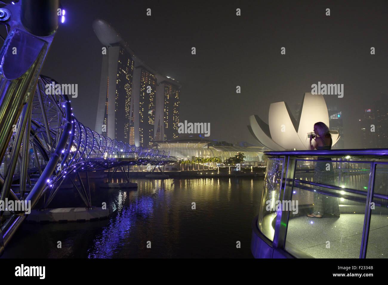 Singapore. 10th Sep, 2015. Haze looms over Singapore's Marina Bay area, Sept. 10, 2015. Singapore's pollution - Stock Image
