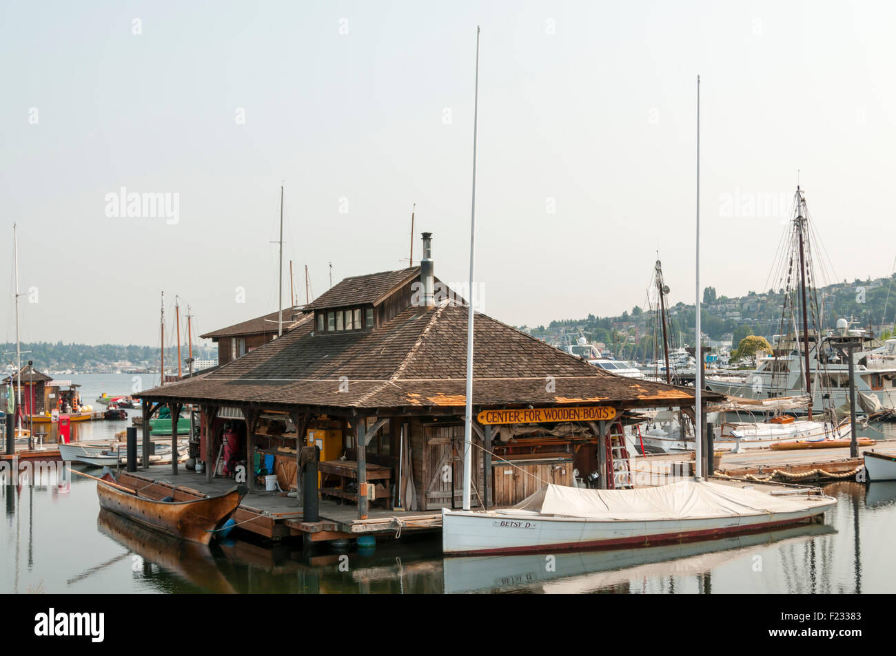 The Center for Wooden Boats on South Lake Union, Seattle. - Stock Image