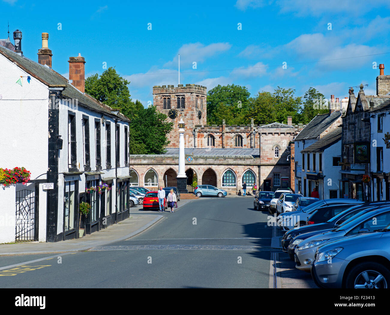Boroughgate and St Lawrence's Church, Appleby, Cumbria, England - Stock Image
