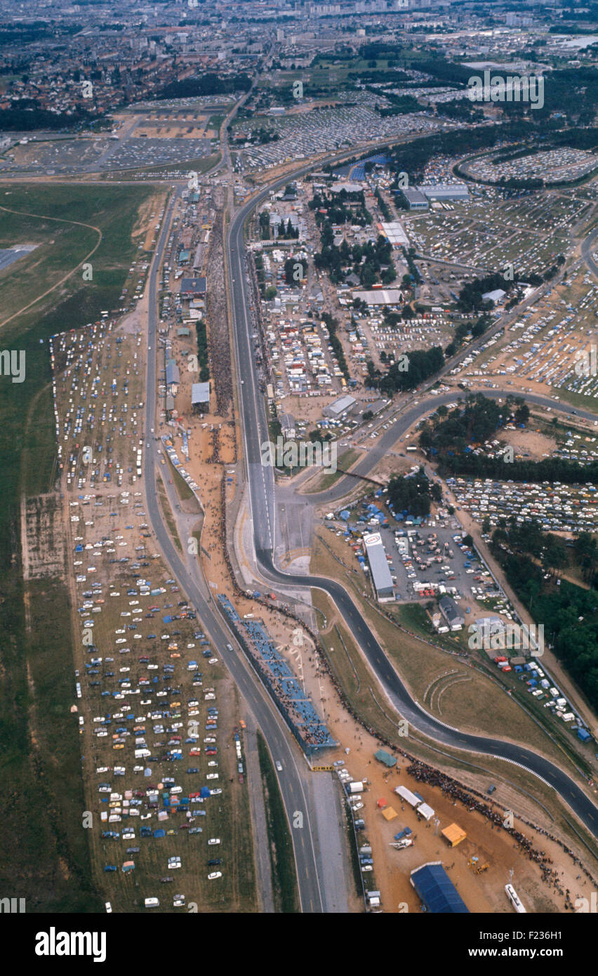 Aerial view of circuit at Le Mans. Ford chicane foot of frame leading into pits straight, Dunlop Curve at top of - Stock Image