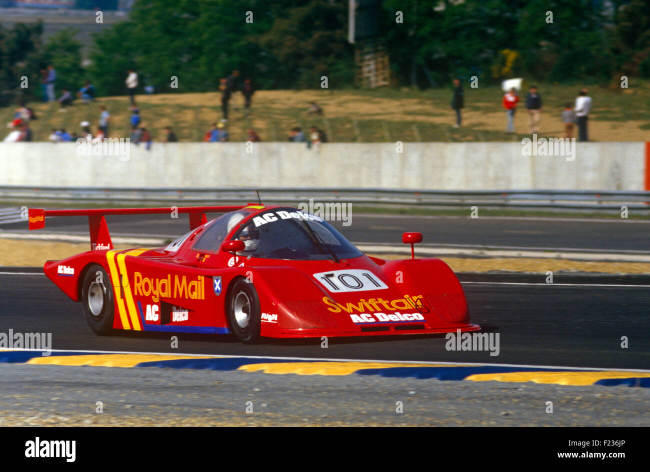101 Mike Wilds Andy Petery Les Delano Ecosse C286 24 Hrs Le Mans 14 June 1987 - Stock Image