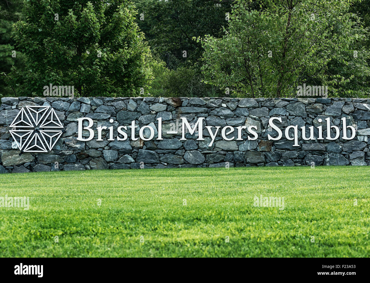 Bristol-Myers Squibb R&D operations site, Devers, Massachusetts, USA - Stock Image