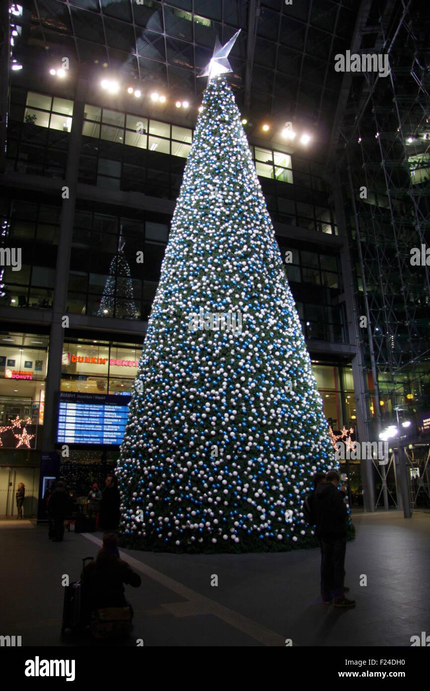 Weihnachtsbaum halle saale