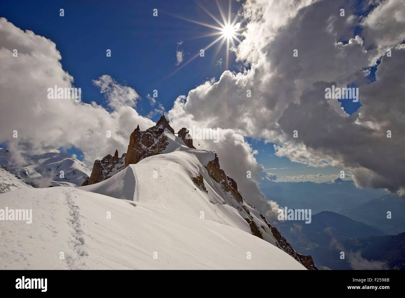 France, Haute Savoie, Chamonix, the aiguille du Midi (3848m), Mont Blanc range - Stock Image