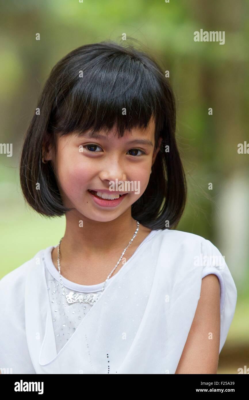 Vietnam Girl Child Stock Photos & Vietnam Girl Child Stock ...