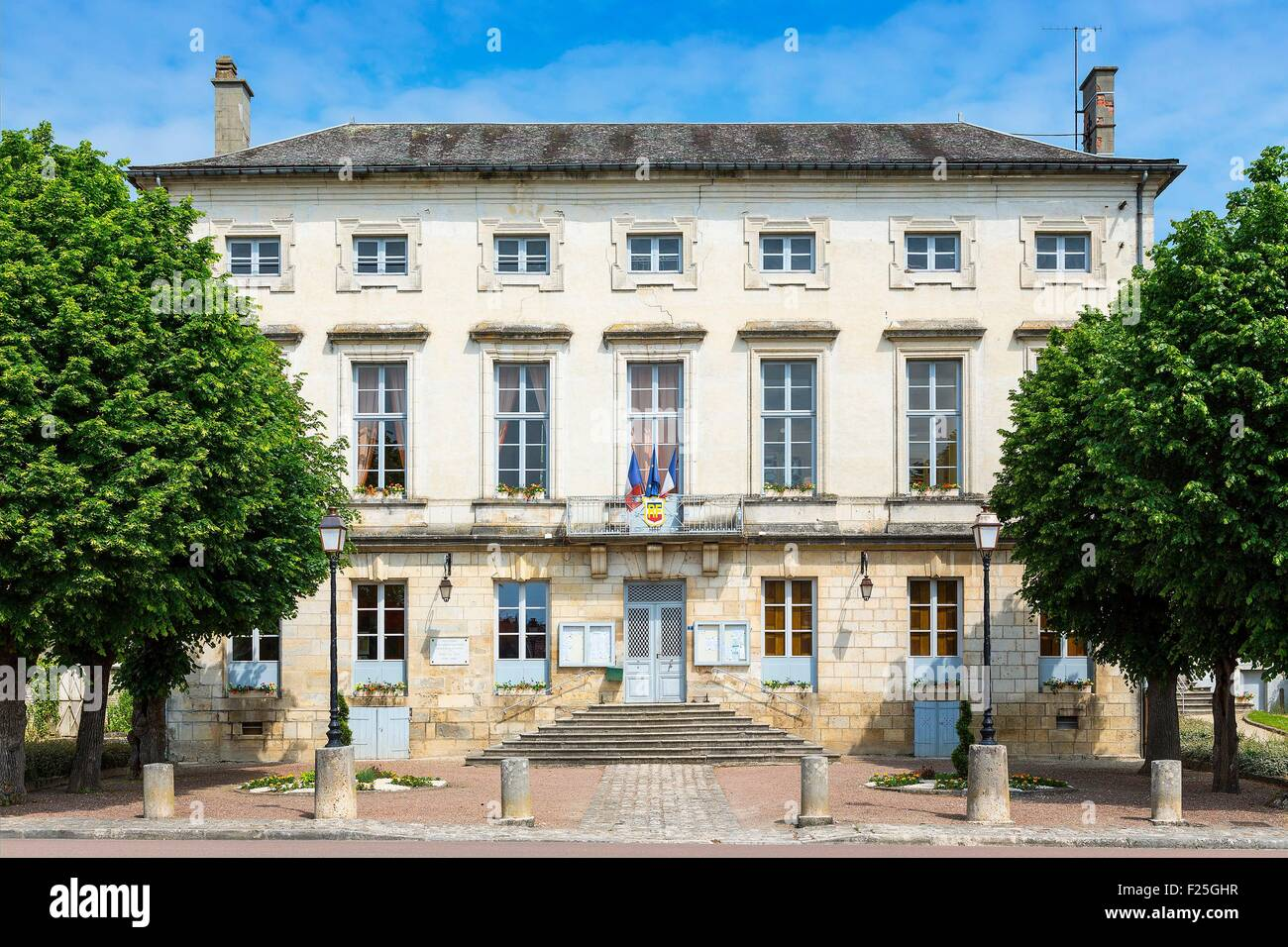 France, Aube (10), Mussy sur seine, the Town Hall - Stock Image