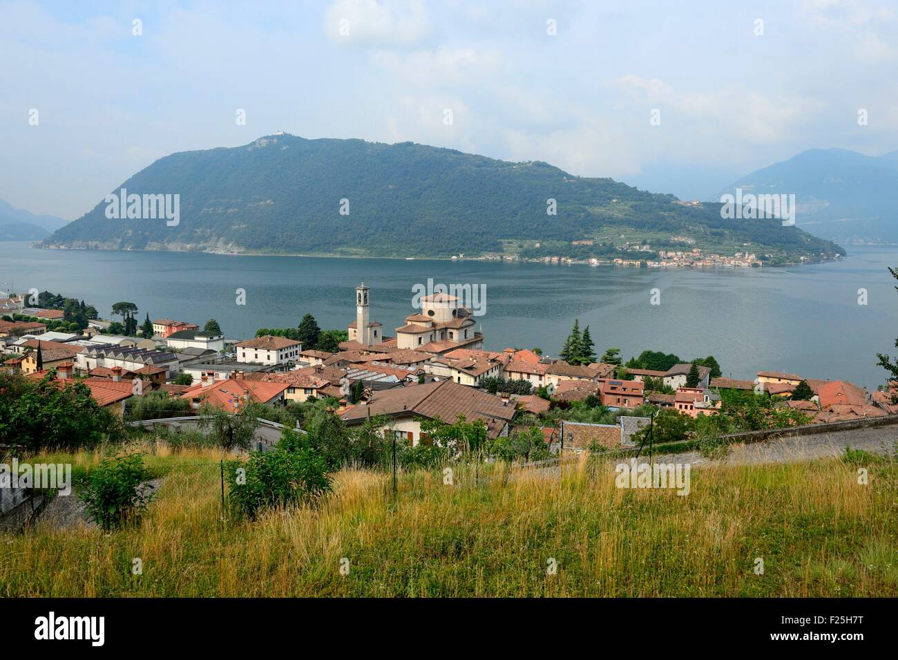 Italy, Lombardy, Iseo lake, Marone and Monte Isola island - Stock Image