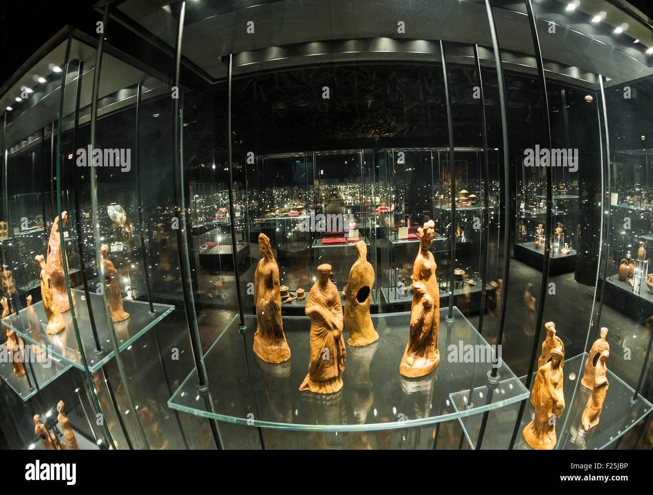 Macedonia, Skopje, new Archeologic Museum of Macedoinia, pagan figurine of the antiquity - Stock Image