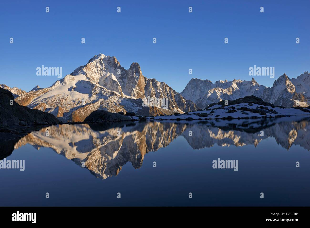 France, Haute Savoie, Chamonix, aiguille Verte (4122m) at sunrise from lac Blanc, Mont Blanc range Stock Photo