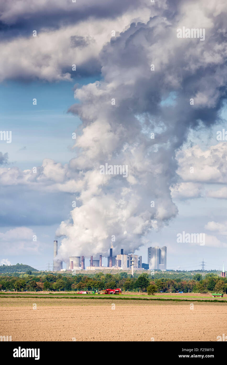 Image of emissions of a coal power plant in Germany - Stock Image