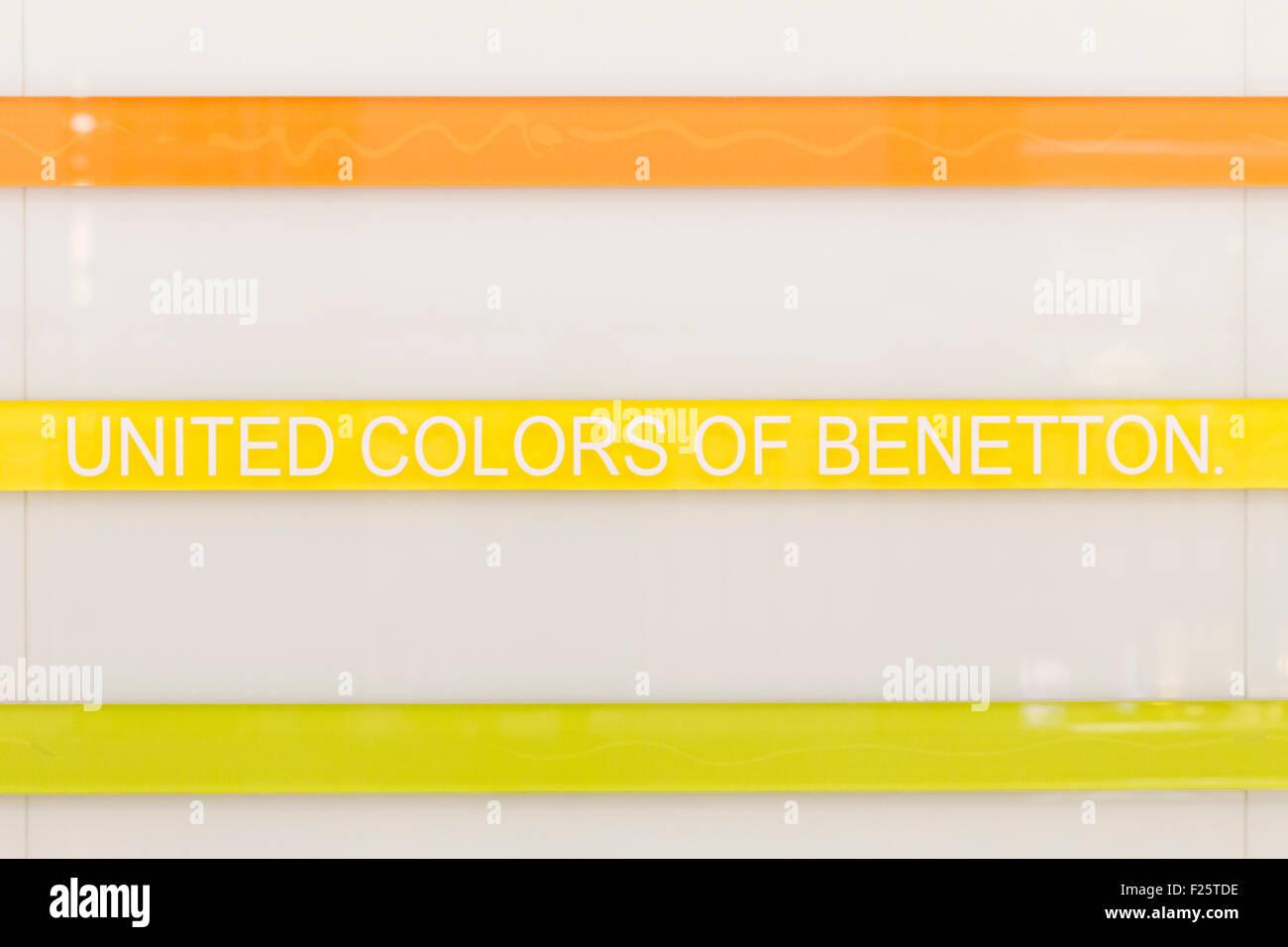 united colors of benetton logo