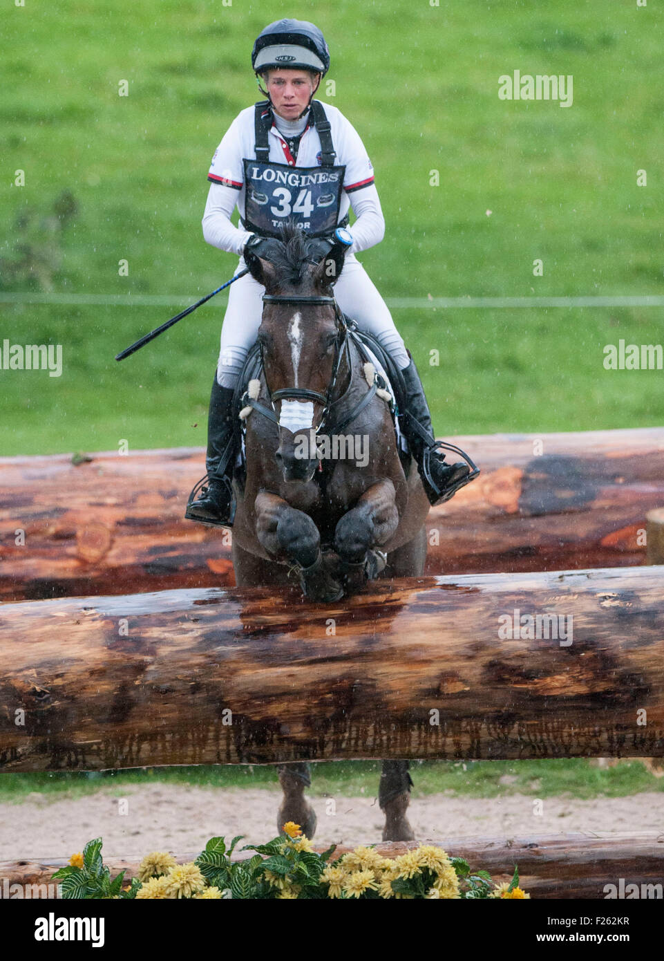 Blair Atholl, Perthshire, UK. 12th Sep, 2015. Izzy Taylor [GBR] riding KBIS Briarlands Matilda in action during - Stock Image
